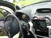 Citroen C3 com produtos Beyma dvd-player com monitor Alpine e falantes sobre o painel